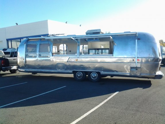 Airstream 31 Ft Food Truck