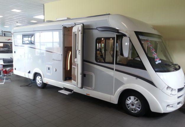 carthago c tourer t 150 neuf de 2018 fiat camping car en vente avrille maine et loire 49. Black Bedroom Furniture Sets. Home Design Ideas