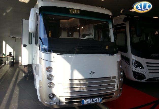 niesmann flair 800 occasion de 2014 iveco camping car en vente avrille maine et loire 49. Black Bedroom Furniture Sets. Home Design Ideas