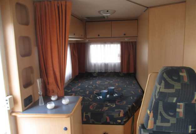 Chausson welcome 80 occasion de 2000 citroen camping for Camping indre et loire avec piscine