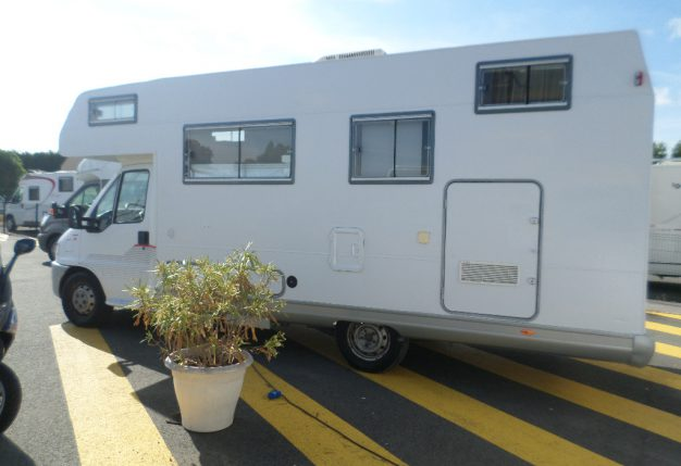 frankia a 680 surf occasion de 1995 fiat camping car en vente la bazoge sarthe 72. Black Bedroom Furniture Sets. Home Design Ideas