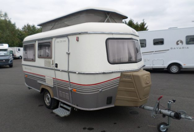 eriba triton occasion de 1993 caravane en vente la bazoge sarthe 72. Black Bedroom Furniture Sets. Home Design Ideas