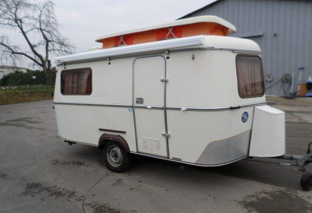 eriba triton occasion de 1980 caravane en vente la bazoge sarthe 72. Black Bedroom Furniture Sets. Home Design Ideas