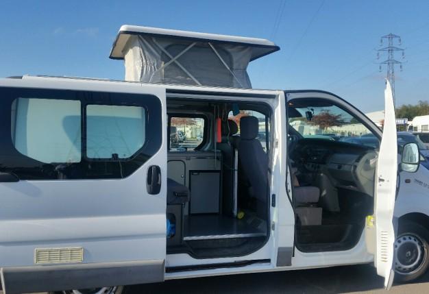 renault mobi space occasion de 2001 renault camping car en vente cholet maine et loire 49. Black Bedroom Furniture Sets. Home Design Ideas