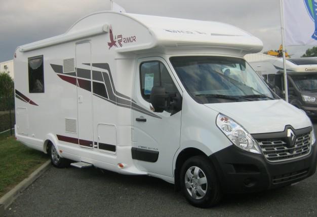 rimor katamarano 109 plus neuf de 2017 renault camping car en vente luisant eure et loire 28. Black Bedroom Furniture Sets. Home Design Ideas