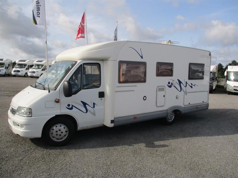 elnagh joxy 46 occasion de 2004 fiat camping car en vente ploudaniel finistere 29. Black Bedroom Furniture Sets. Home Design Ideas