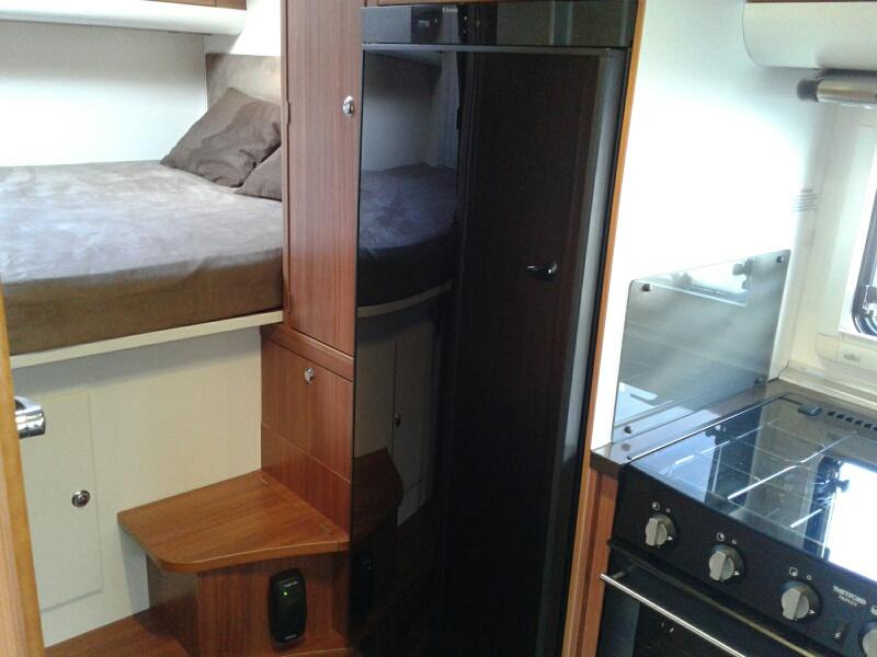 adria matrix 680 sp occasion de 2011 fiat camping car en vente ploumilliau cotes d armor. Black Bedroom Furniture Sets. Home Design Ideas