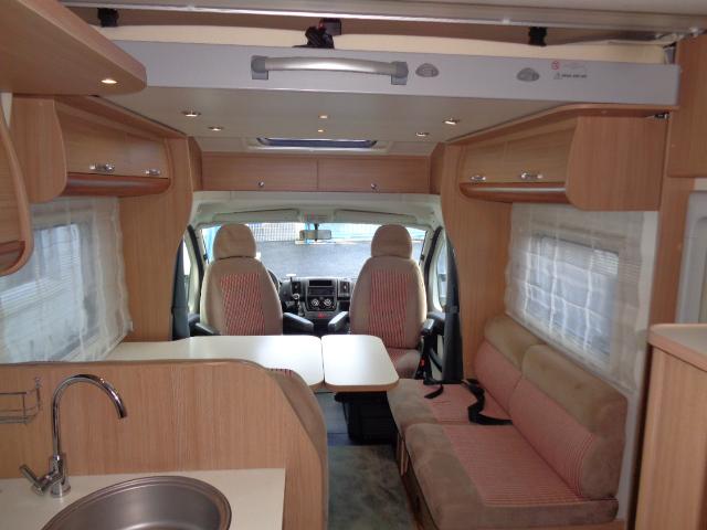 adria matrix 680 sp occasion de 2012 fiat camping car en vente saint berthevin mayenne 53. Black Bedroom Furniture Sets. Home Design Ideas