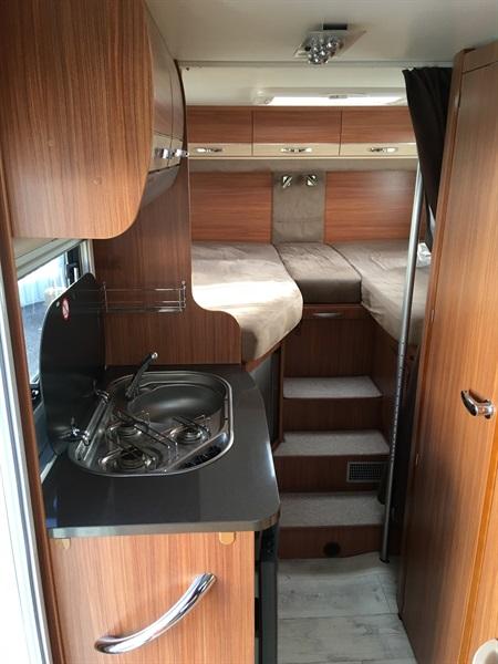 adria coral compact sl occasion de 2012 fiat camping car en vente montfaucon en velay. Black Bedroom Furniture Sets. Home Design Ideas