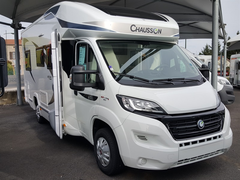 chausson 611 travel line neuf porteur fiat duca o 2 3l mul ije 130ch diesel camping car. Black Bedroom Furniture Sets. Home Design Ideas