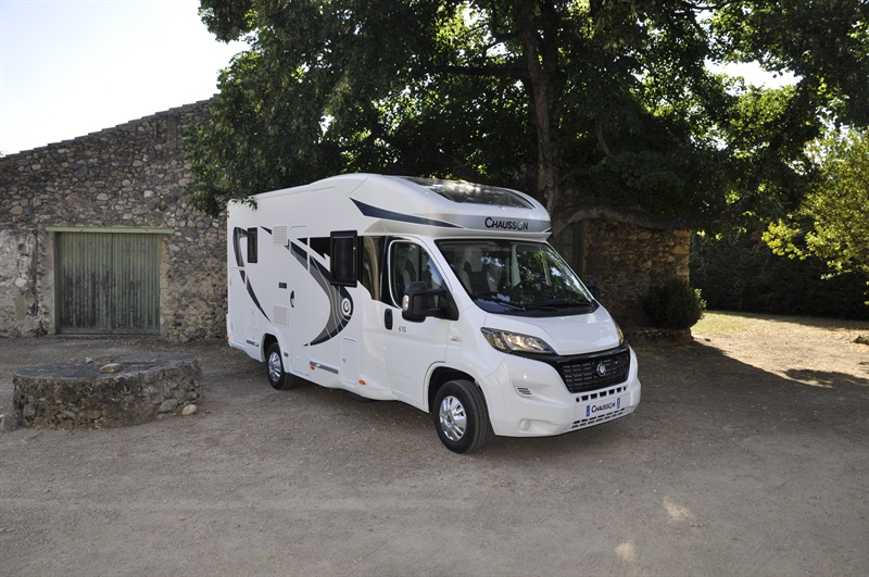 chausson flash 610 neuf de 2016 fiat camping car en. Black Bedroom Furniture Sets. Home Design Ideas