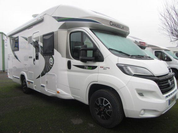 Cote argus chausson design edition sweet family l 39 officiel du camping car - Camping car chausson sweet garage ...