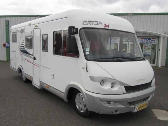 eriba jet 686 r occasion de 2009 renault camping car en vente toulon sur allier allier 03. Black Bedroom Furniture Sets. Home Design Ideas
