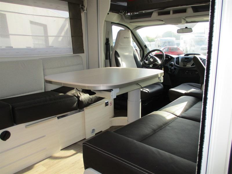 challenger 270 neuf de 2018 fiat camping car en vente la meziere ile et villaine 35. Black Bedroom Furniture Sets. Home Design Ideas