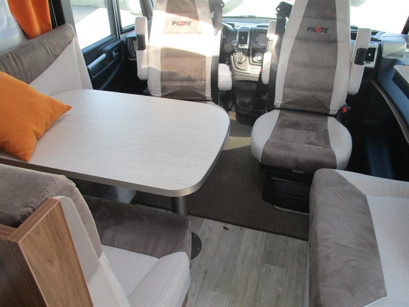 pilote g 741 c neuf de 2017 - fiat - camping car en vente  u00e0 la meziere  ile-et-villaine