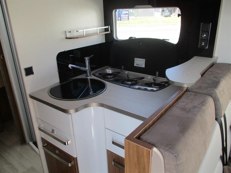 pilote g 781 c neuf de 2017 - fiat - camping car en vente  u00e0 la meziere  ile-et-villaine
