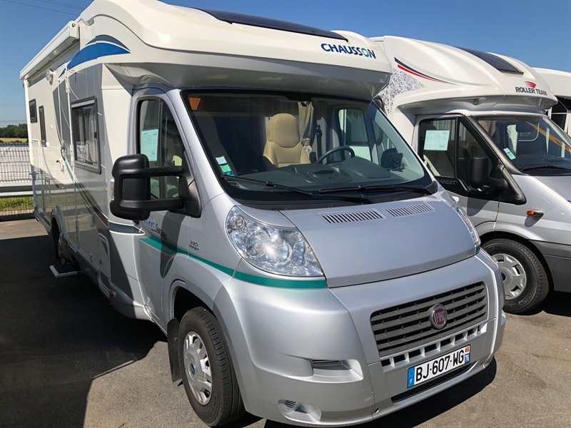 chausson sweet garage occasion de 2011 fiat camping car en vente saint jean du cardonnay. Black Bedroom Furniture Sets. Home Design Ideas