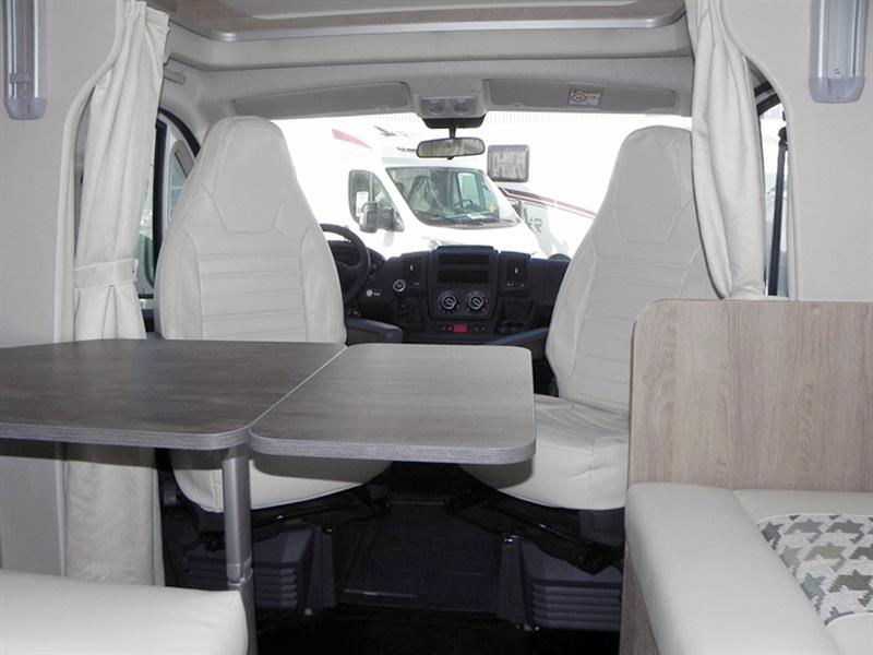 pla camper mister 580 neuf de 2018 citroen camping car. Black Bedroom Furniture Sets. Home Design Ideas
