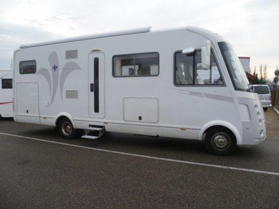 Occasion Niesmann + Bischoff Flair 8000 Ilw vendu par LAURENT CAMPING-CARS
