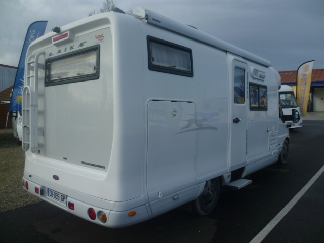 Laika kreos 3010 occasion de 2004 fiat camping car en for Laika kreos