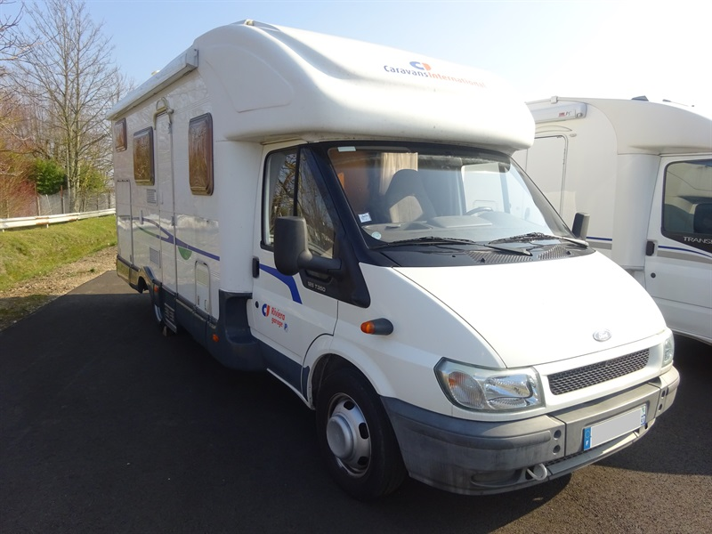 Ci riviera garage occasion de 2003 ford camping car en for Client mystere garage automobile