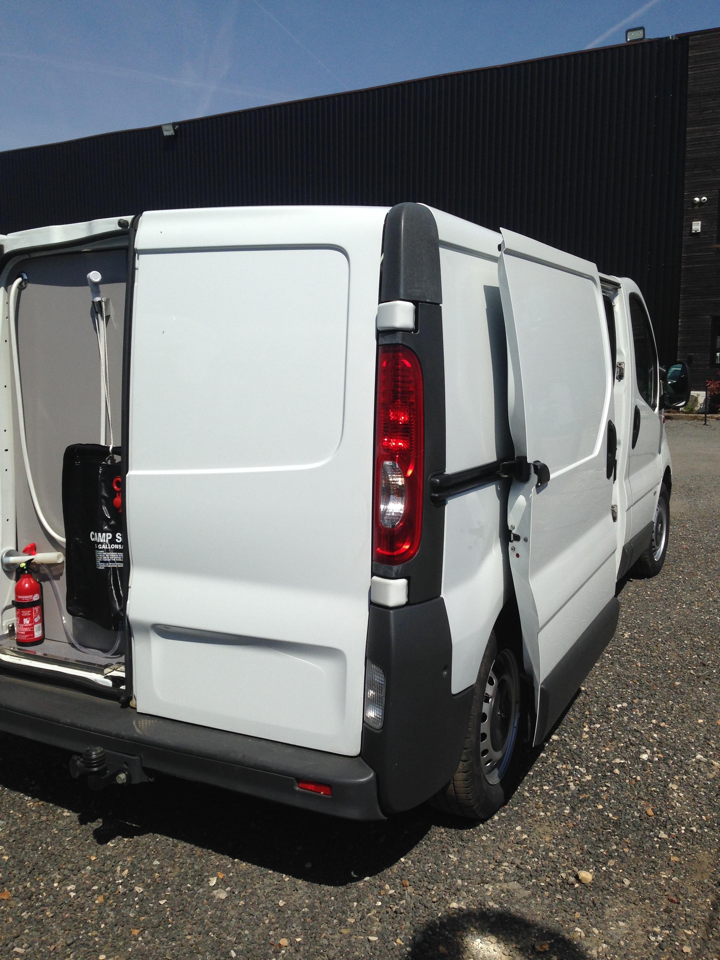 opel vivaro occasion de 2007 opel camping car en vente. Black Bedroom Furniture Sets. Home Design Ideas