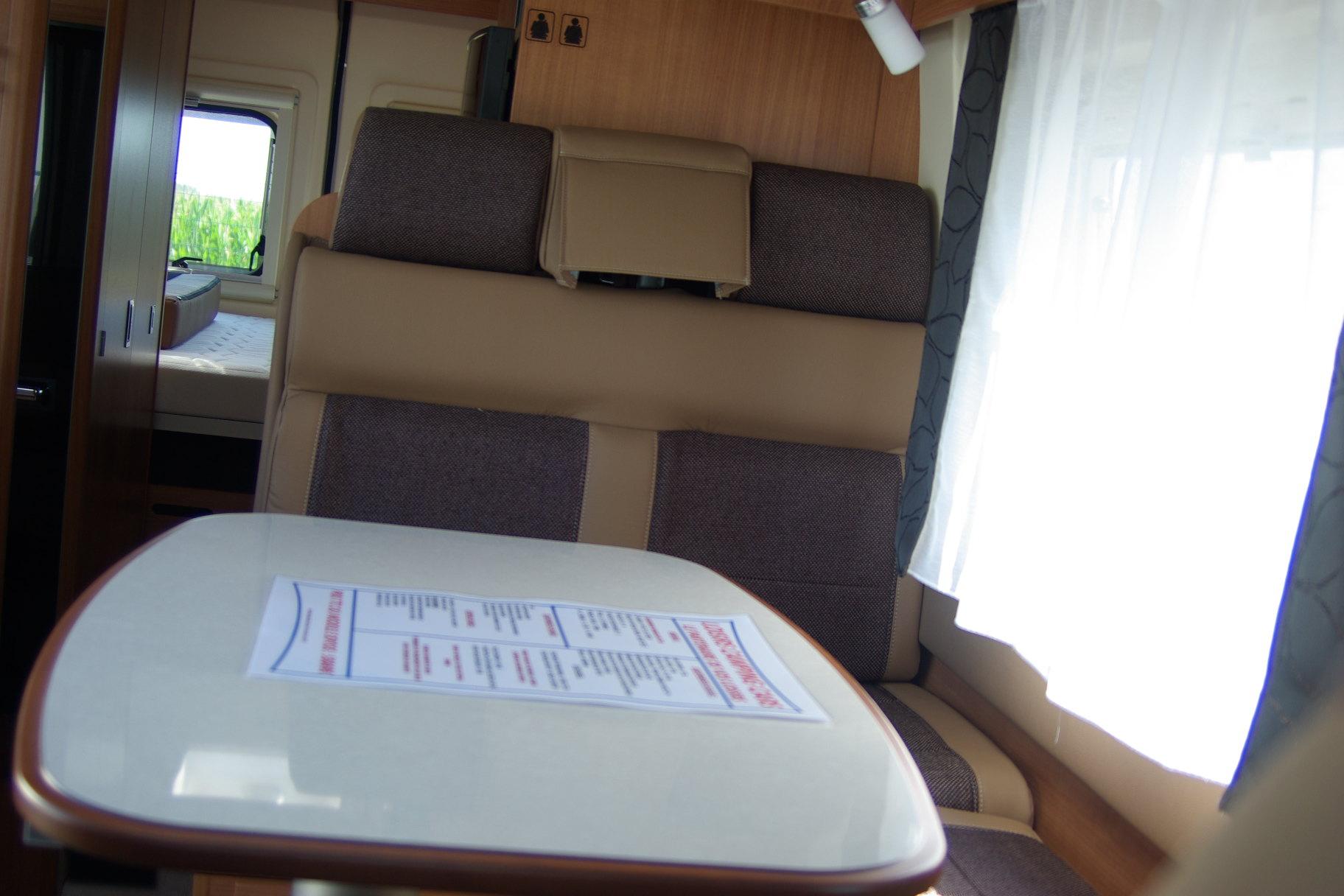 campereve magellan 743 neuf porteur fiat ducato 130cv camping car vendre en rhin 67. Black Bedroom Furniture Sets. Home Design Ideas