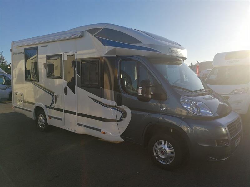 chausson welcome 618 occasion de 2015 fiat camping car en vente pamiers ariege 09. Black Bedroom Furniture Sets. Home Design Ideas