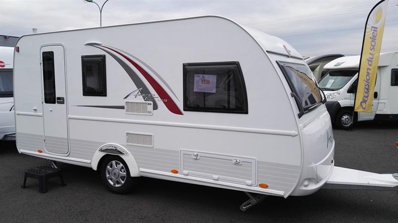 burstner averso top 430 ts neuf de 2016 caravane en vente pamiers ariege 09. Black Bedroom Furniture Sets. Home Design Ideas