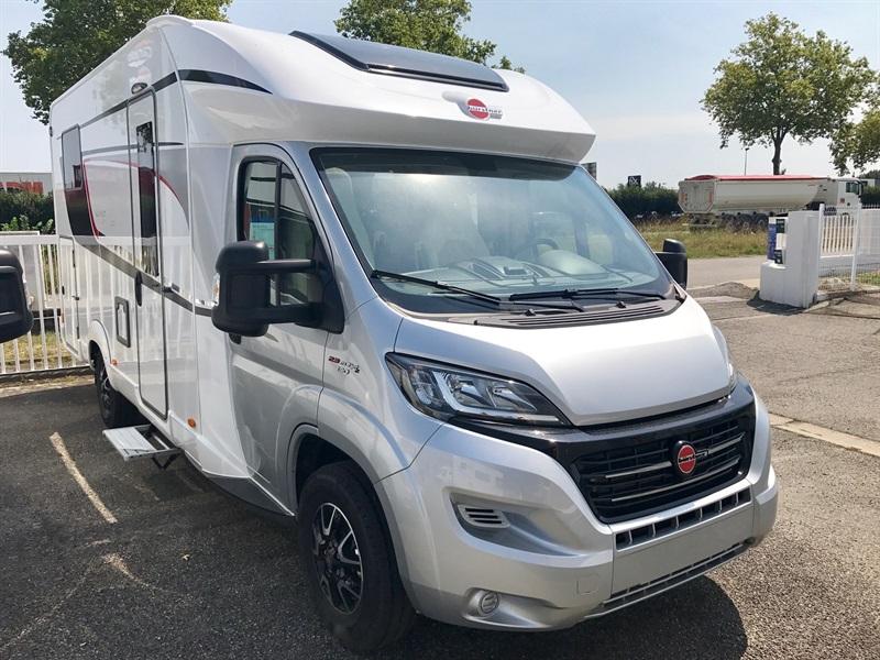 burstner lyseo t 690 g privilege neuf de 2018 fiat camping car en vente muret haute garonne. Black Bedroom Furniture Sets. Home Design Ideas