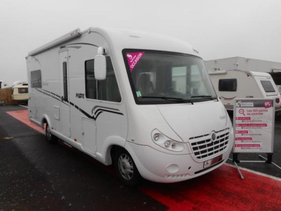 pilote aventura g 690 lca occasion de 2014 fiat camping car en vente rochefort charente. Black Bedroom Furniture Sets. Home Design Ideas