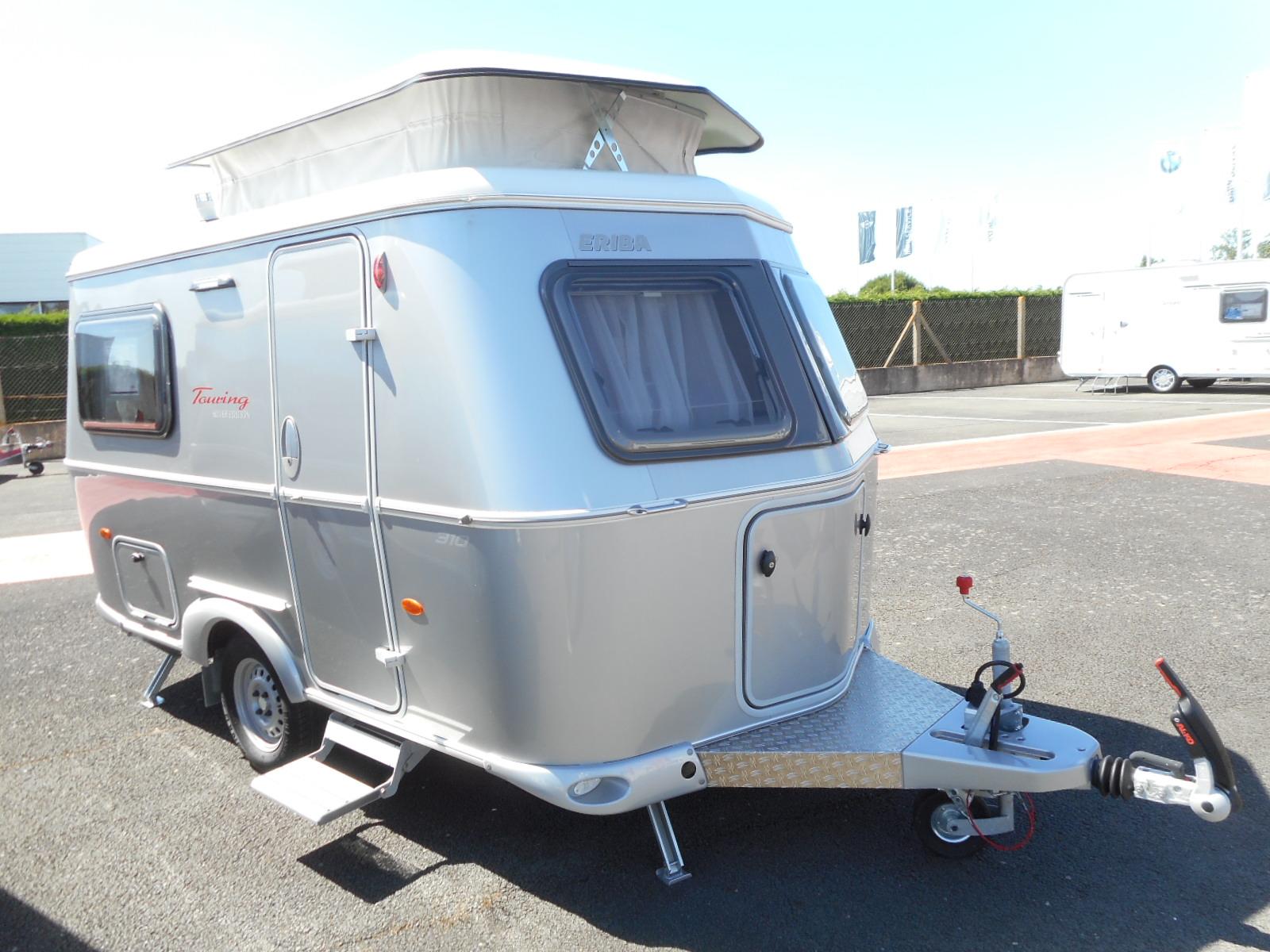 eriba familia 310 touring silver edition occasion caravane en vente rochefort charente. Black Bedroom Furniture Sets. Home Design Ideas