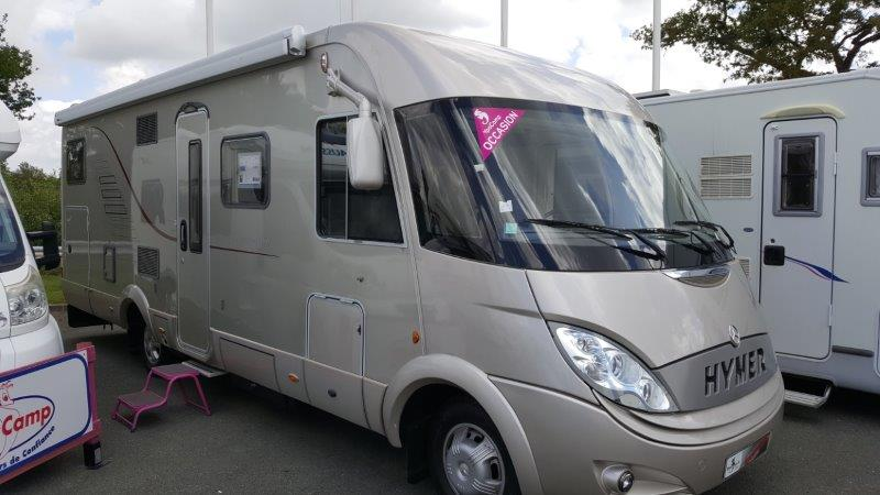 hymer s 800 occasion de 2009 mercedes camping car en vente venansault vendee 85. Black Bedroom Furniture Sets. Home Design Ideas