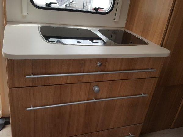 caravelair antares style 496 occasion de 2015 caravane en vente venansault vendee 85. Black Bedroom Furniture Sets. Home Design Ideas