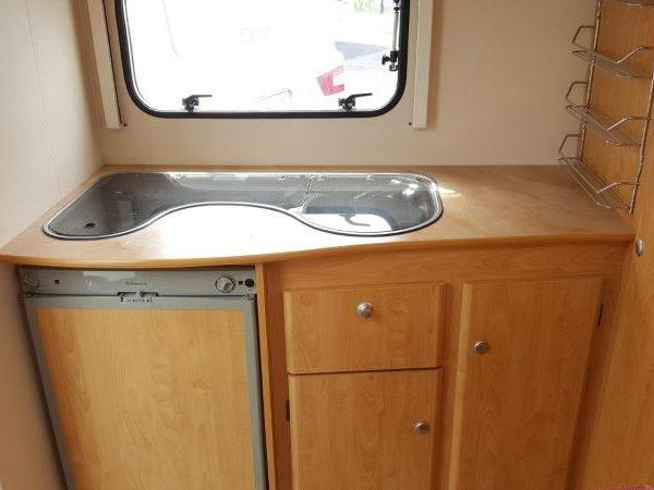 sterckeman evolution 420 cp occasion de 2005 caravane en vente venansault vendee 85. Black Bedroom Furniture Sets. Home Design Ideas
