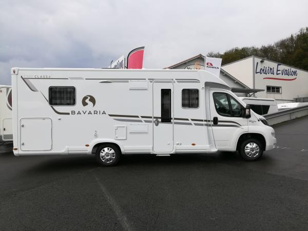 bavaria t 740 c class neuf de 2018 fiat camping car en vente bayonne pyrenees atlantiques 64. Black Bedroom Furniture Sets. Home Design Ideas