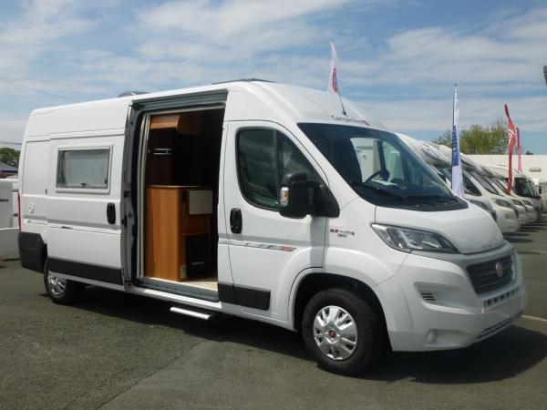 campereve magellan 643 neuf de 2017 fiat camping car en vente bayonne pyrenees atlantiques. Black Bedroom Furniture Sets. Home Design Ideas