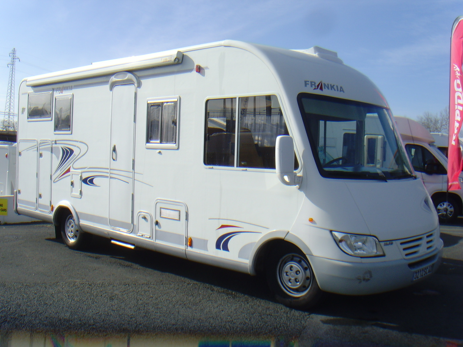 frankia i 700 bd occasion de 2002 fiat camping car en vente bayonne pyrenees atlantiques. Black Bedroom Furniture Sets. Home Design Ideas