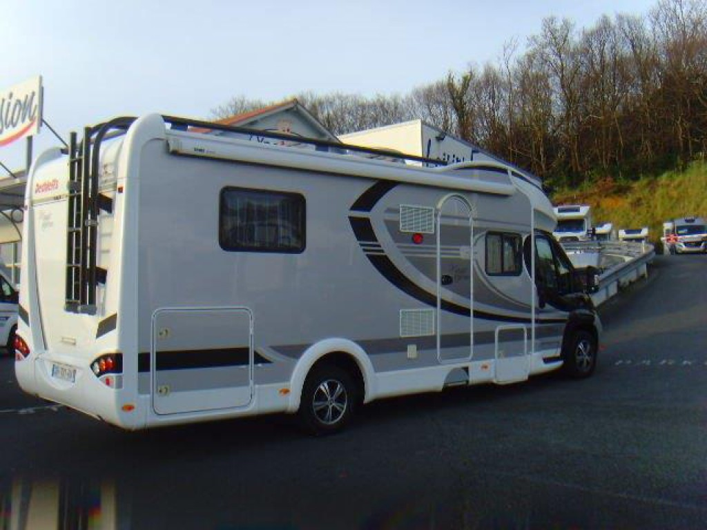 dethleffs t 7151 4 magic black edition occasion porteur fiat 2 3 150 cv camping car vendre en. Black Bedroom Furniture Sets. Home Design Ideas