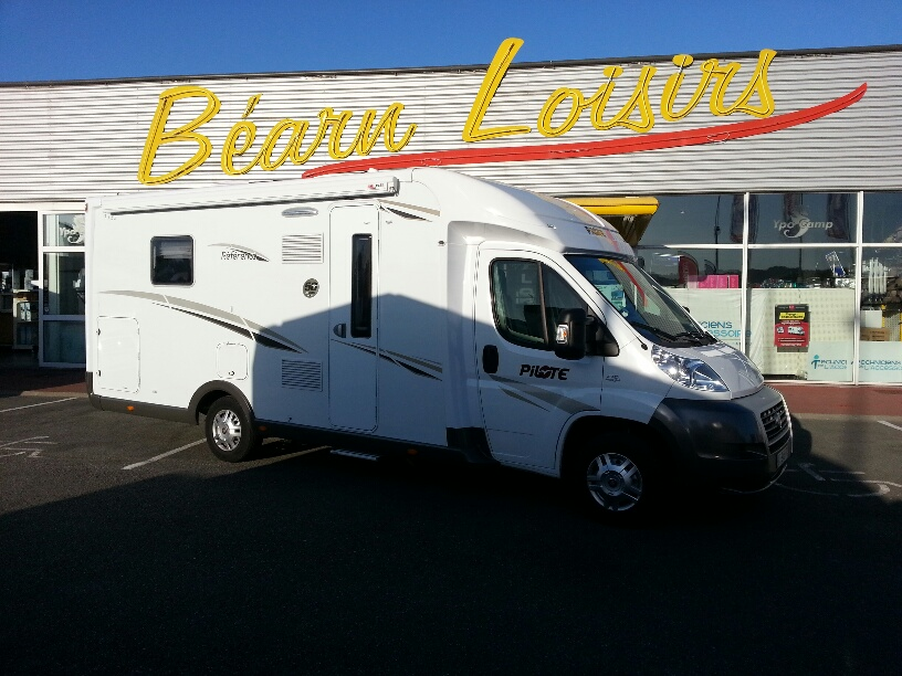 pilote reference p 730 occasion de 2013 fiat camping car en vente irun espagne esp. Black Bedroom Furniture Sets. Home Design Ideas