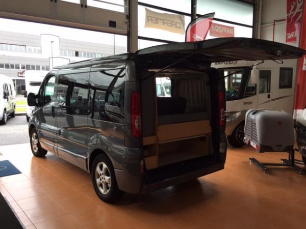 renault trafic occasion de 2011 renault camping car en vente irun espagne esp. Black Bedroom Furniture Sets. Home Design Ideas