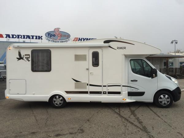 rimor katamarano 69 plus occasion de 2014 renault camping car en vente saint priest rhone 69. Black Bedroom Furniture Sets. Home Design Ideas