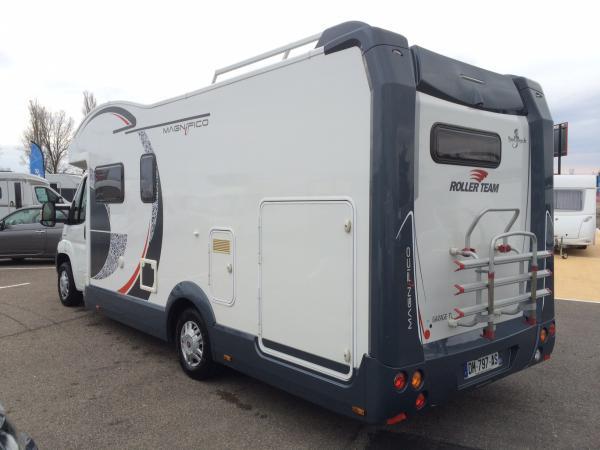 roller team magnifico garage occasion de 2014 fiat camping car en vente saint priest. Black Bedroom Furniture Sets. Home Design Ideas