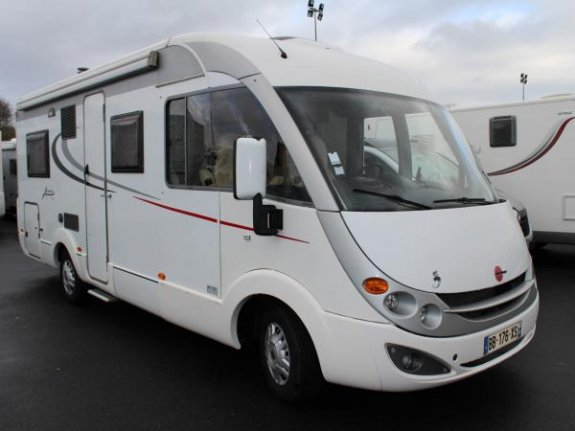 burstner aviano i 684 occasion de 2010 fiat camping car en vente seclin nord 59. Black Bedroom Furniture Sets. Home Design Ideas