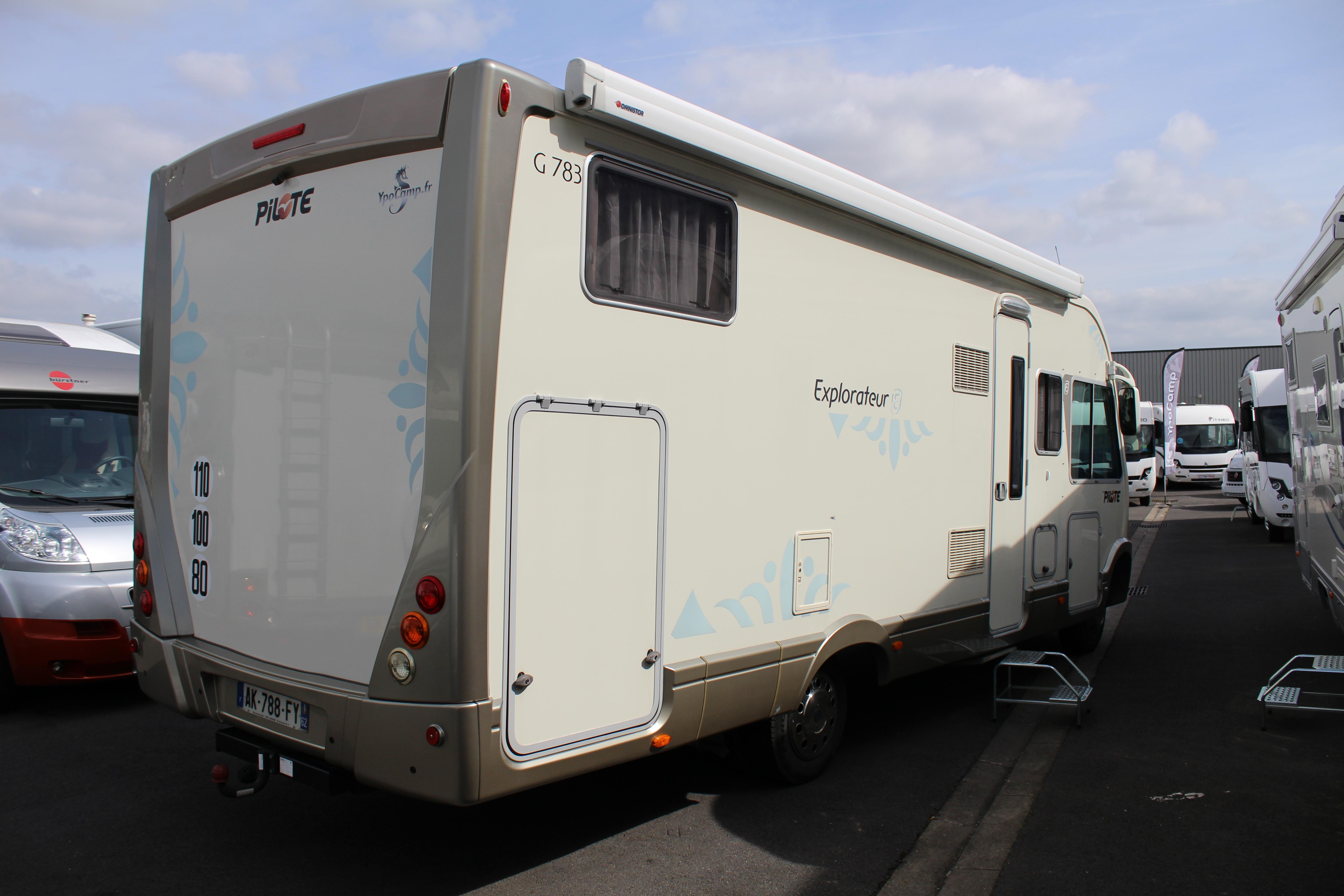 Camping Car Pilote Explorateur Mercedes