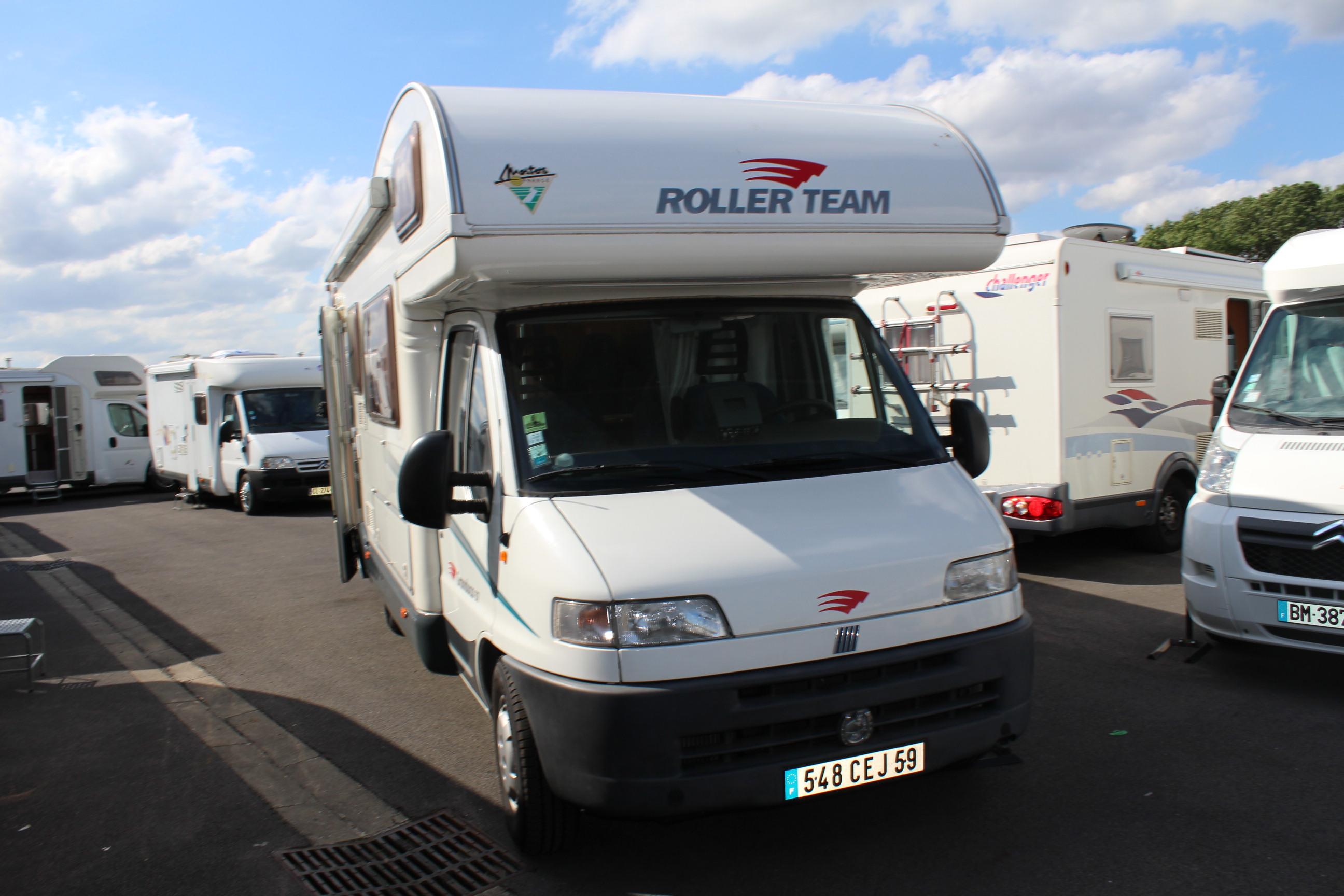 roller team granduca occasion porteur fiat ducato 2 8l camping car vendre en nord 59 ref. Black Bedroom Furniture Sets. Home Design Ideas
