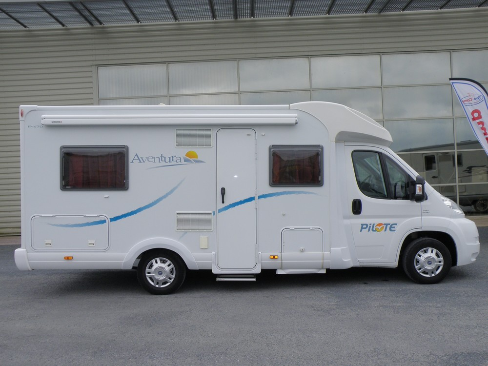 pilote p 670 occasion de 2009 fiat camping car en vente guilberville manche 50. Black Bedroom Furniture Sets. Home Design Ideas