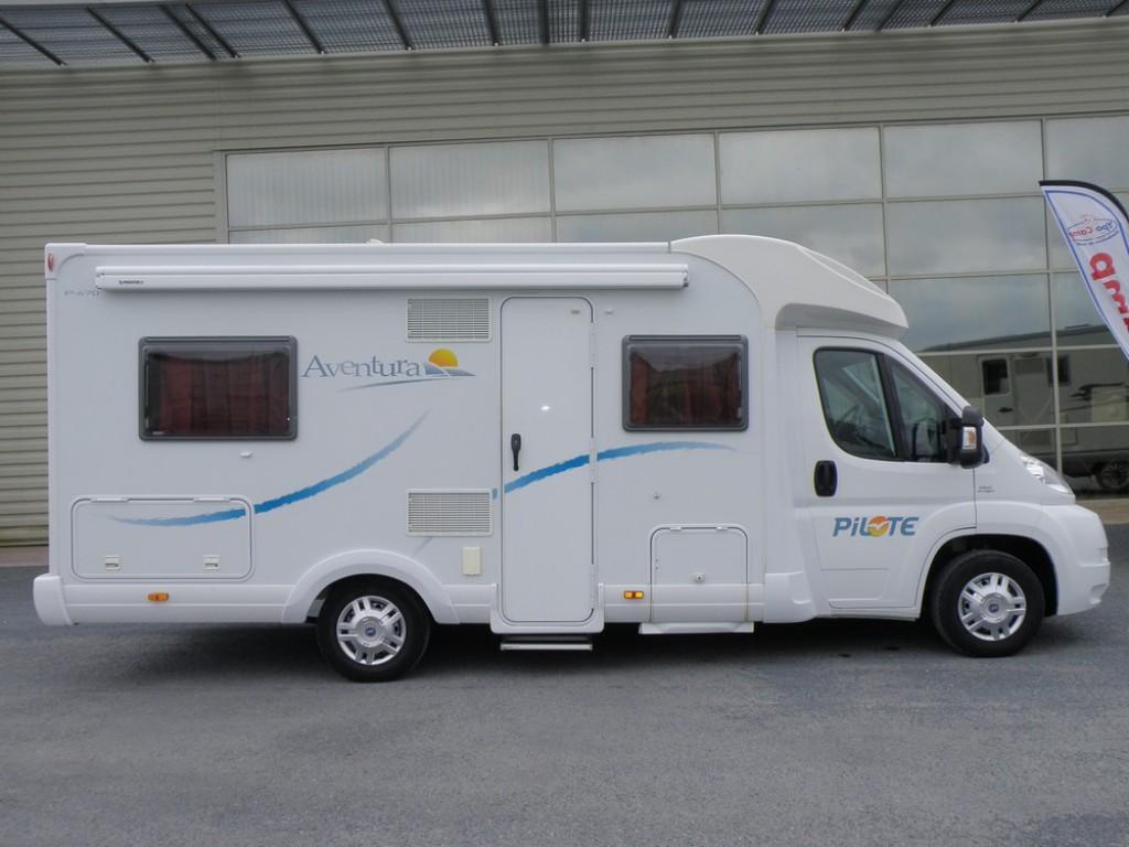 pilote aventura p 670 occasion de 2009 fiat camping car en vente guilberville manche 50. Black Bedroom Furniture Sets. Home Design Ideas