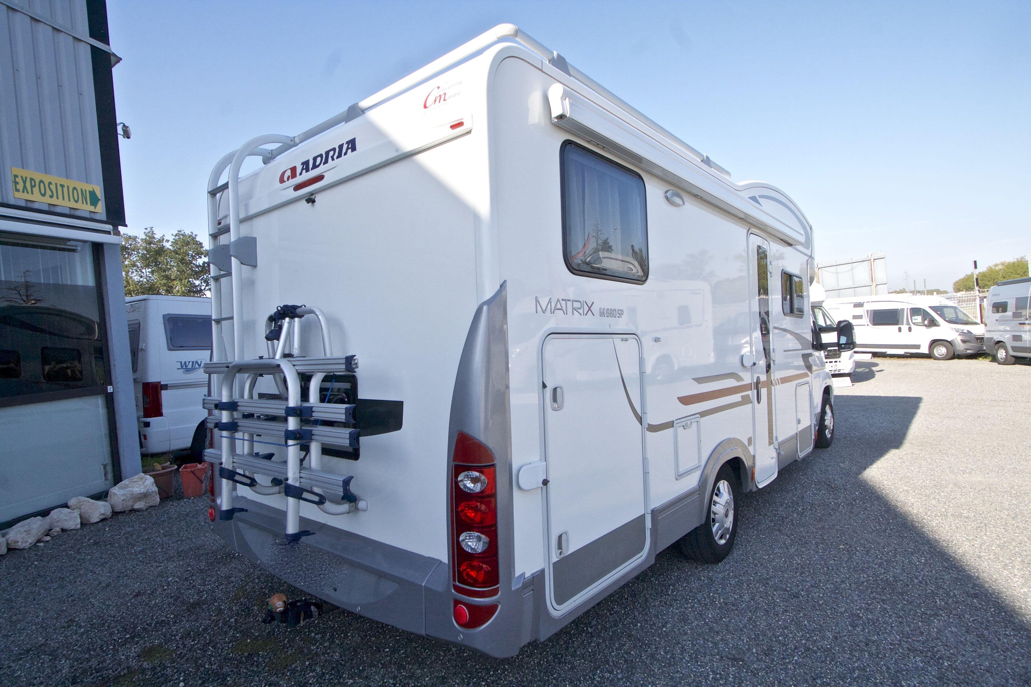 adria 680 sp occasion porteur fiat ducato 2 3l 130 cv camping car vendre en haute garonne 31. Black Bedroom Furniture Sets. Home Design Ideas