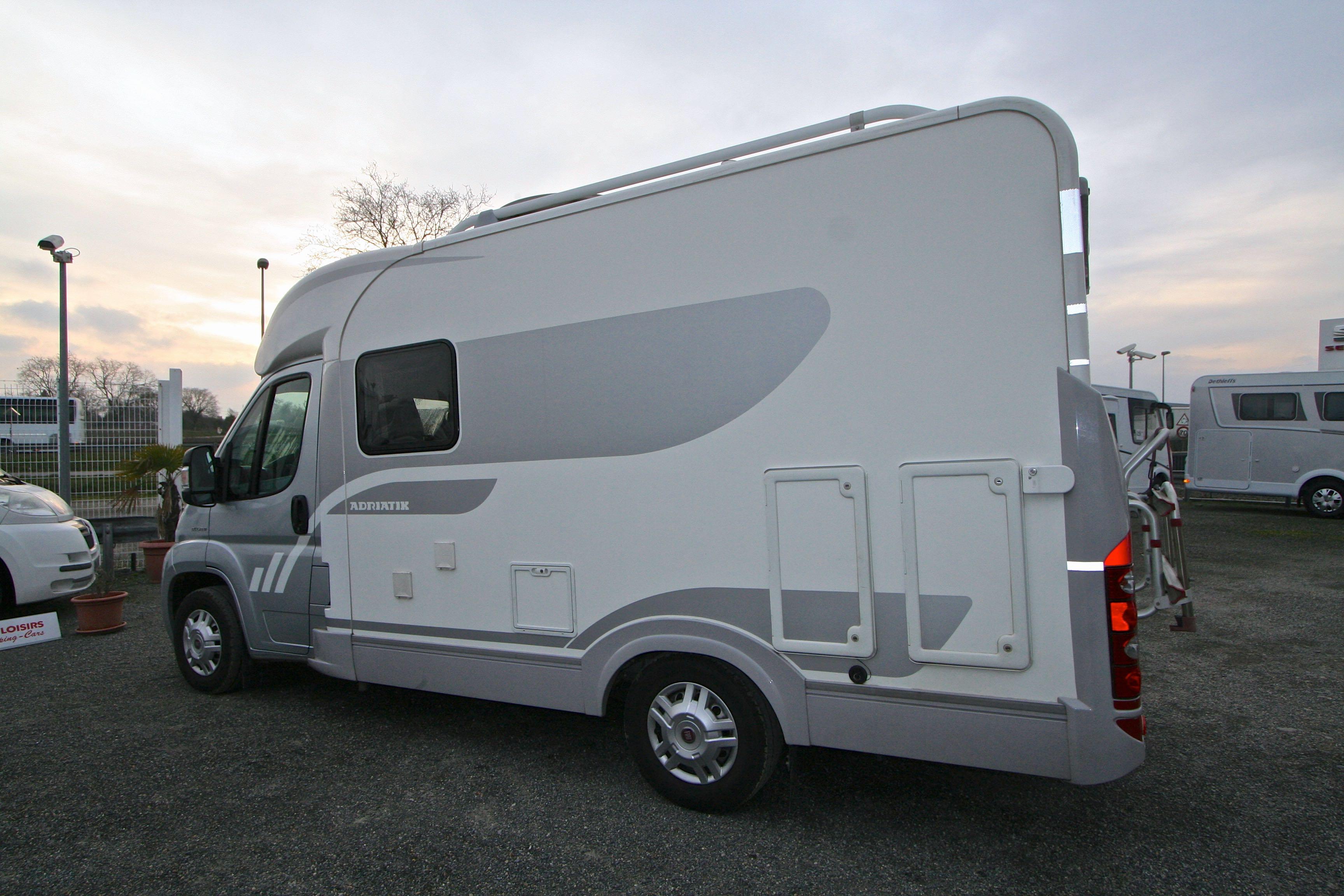 adria compact sp occasion fiat camping car en vente roques sur garonne haute garonne 31. Black Bedroom Furniture Sets. Home Design Ideas